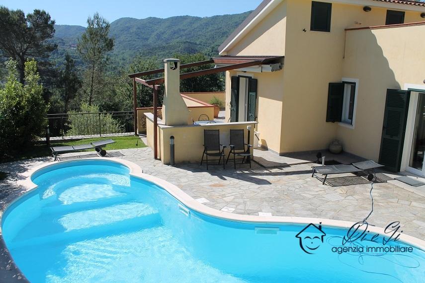 Villa in affitto a Garlenda, 8 locali, prezzo € 2.500 | PortaleAgenzieImmobiliari.it