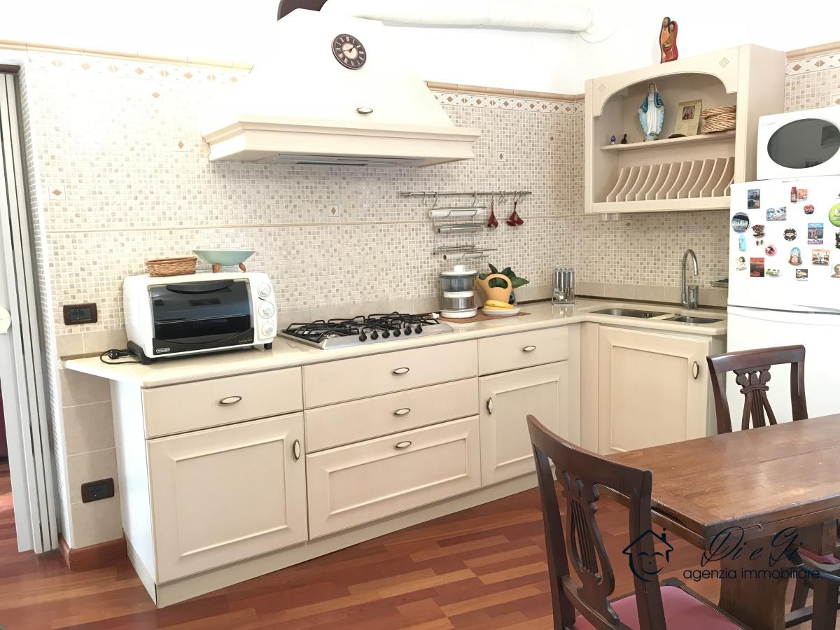 Appartamento in vendita a Garlenda, 4 locali, prezzo € 105.000 | PortaleAgenzieImmobiliari.it