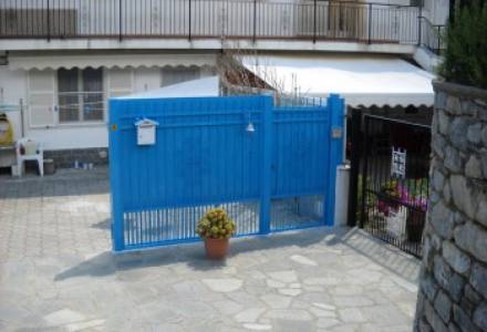 One bedroom apartment with large outdoor space for sale in Arnasco