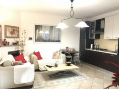 Half independent apartment in villa with private garden, car garage and cellar for sale in the Golf Club of Garlenda - 8