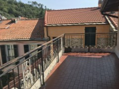 Two-bedroom apartment with liveable terrace for sale in Vendone - 5