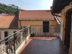 Two-bedroom apartment with liveable terrace for sale in Vendone - 10