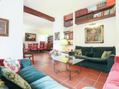 Half-independent Villa with garden and private parking spaces for sale in the Golf Club of Garlenda - 10