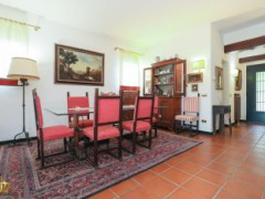 Half-independent Villa with garden and private parking spaces for sale in the Golf Club of Garlenda - 6