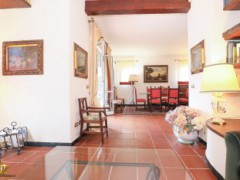 Half-independent Villa with garden and private parking spaces for sale in the Golf Club of Garlenda - 8